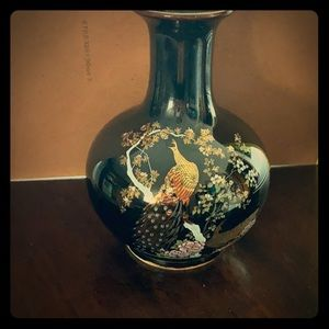 OMC Japanese floral vase 6 inches tall